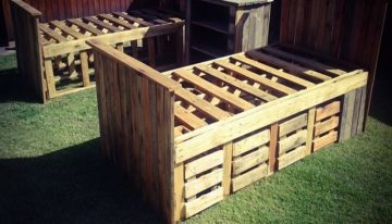 Upcycled Pallet Beds with Drawers