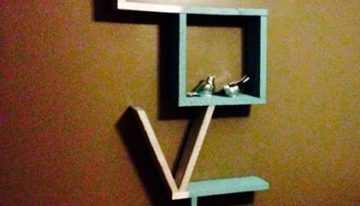 Love Shelf from Wood Pallets