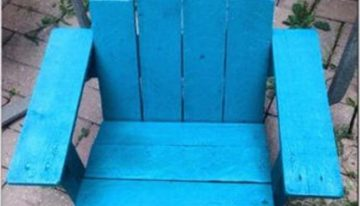 Children's Adirondack Pallets Chair