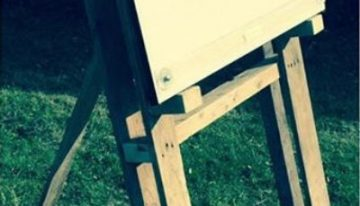 Pallets Made Drawing Board Easel