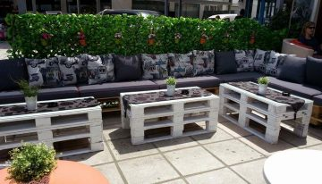 Eco Friendly Beautiful Pallets Creations at Cafe