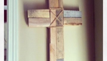 Pallets Made Wooden Crosses
