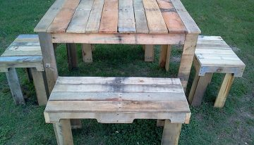 Nice Designed Pallets Outdoor Table Set