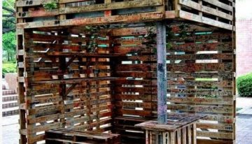 Some Large Wooden Pallets Constructions