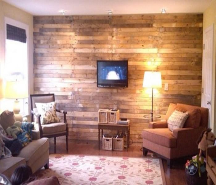Pallets Powered Room Ideas | Pallet Ideas on Pallet Room Ideas  id=53007
