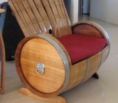 Recycled Pallets Wood Armchair Ideas