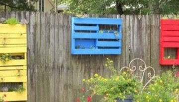 Add Some Pallets to Decor Your Garden