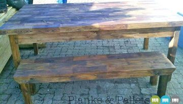 Stunning Pallets Table with Bench