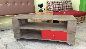Pallets Coffee Table with Drawers
