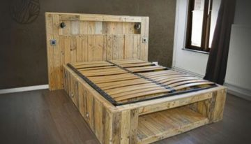 Big Pallets Made Lighting Bed
