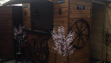 DIY Old Shed in to a Pallets Made Bar