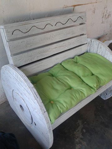 Pallets Cable Wheel Couch   Pallet Ideas: Recycled ...