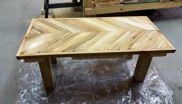 DIY Pallets Herringbone Bench