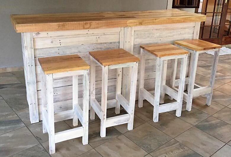 Stools From Pallet Wood Ideas