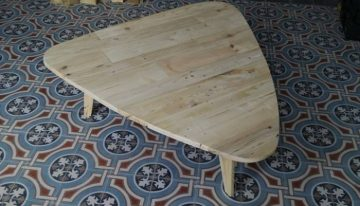 DIY Coffee Table from Europe Pallets
