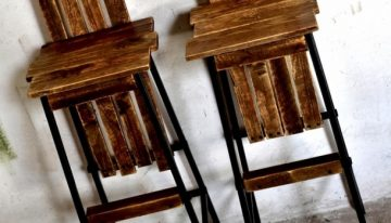 Repurposed Pallet Bar Chairs