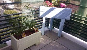 DIY Creative Pallet Planters