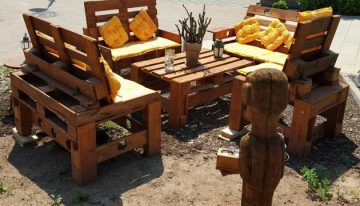 Outdoor Furniture From Wood Pallets
