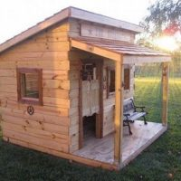 DIY Kid's Fort From Recycled Pallets