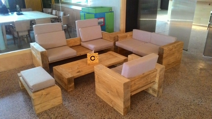 Wooden Pallet Couch Set | Pallet Ideas on Pallet Room Ideas  id=82810