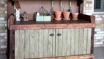Wood Pallet Potting Benches