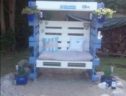 Attractive Outdoor Pallet Furniture Ideas