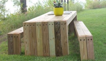 20 Plans for Recycled Pallet Furniture