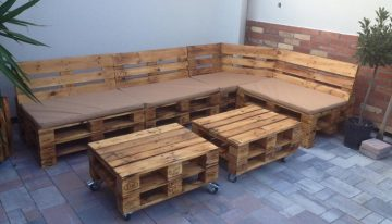 Pallet Patio Furniture with Planters