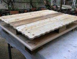 Repurposed Wood Pallet Table